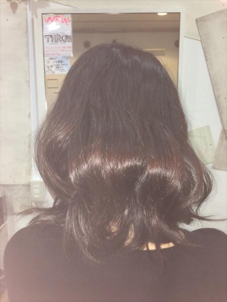 ばっさりカットで「まとめ髪」