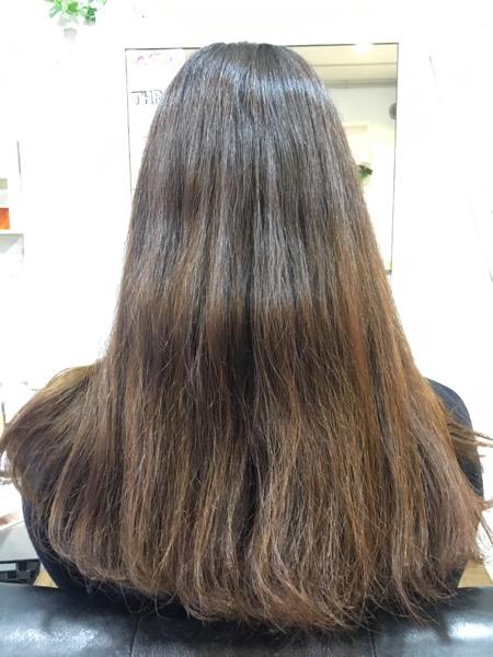 カラーの色味に合わせた「ツヤ髪」