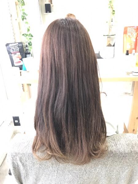 縮毛矯正と艶髪カラーで輝く艶髪。原宿・表参道『1000人をツヤ髪にヘアケア美容師の挑戦』