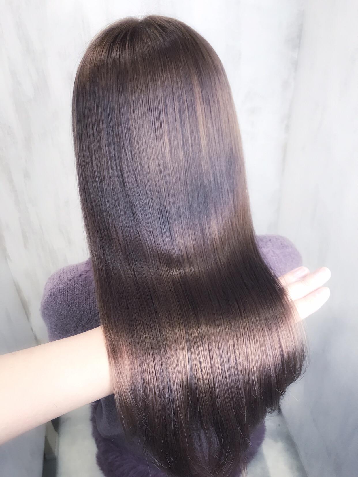 【ビビリ矯正】でチリチリの毛先をぷるんとした手ざわりへ。原宿・表参道『1000人をツヤ髪にヘアケア美容師の挑戦』