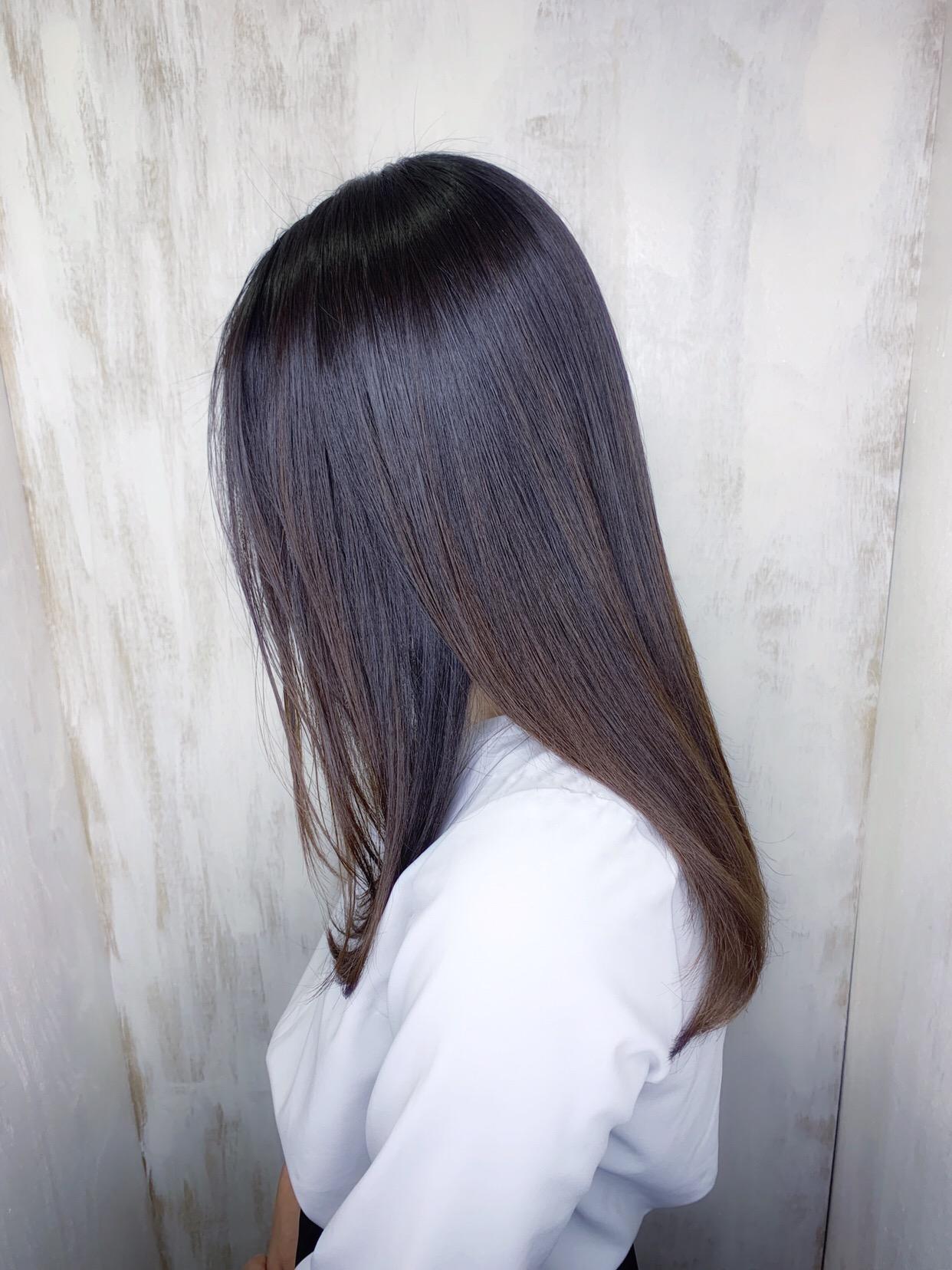 梅雨の時期もまとまる艶髪ストレートヘア原宿・表参道『1000人をツヤ髪にヘアケア美容師の挑戦』