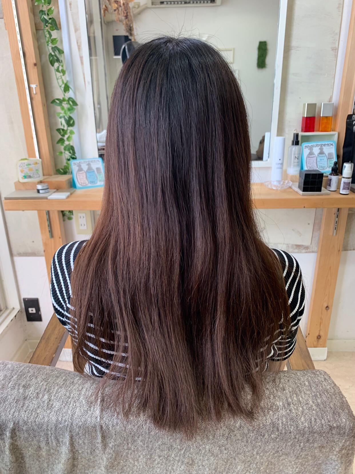 はじめての【縮毛矯正】でつやっつやの艶髪ストレートヘア。原宿・表参道『1000人をツヤ髪にヘアケア美容師の挑戦』