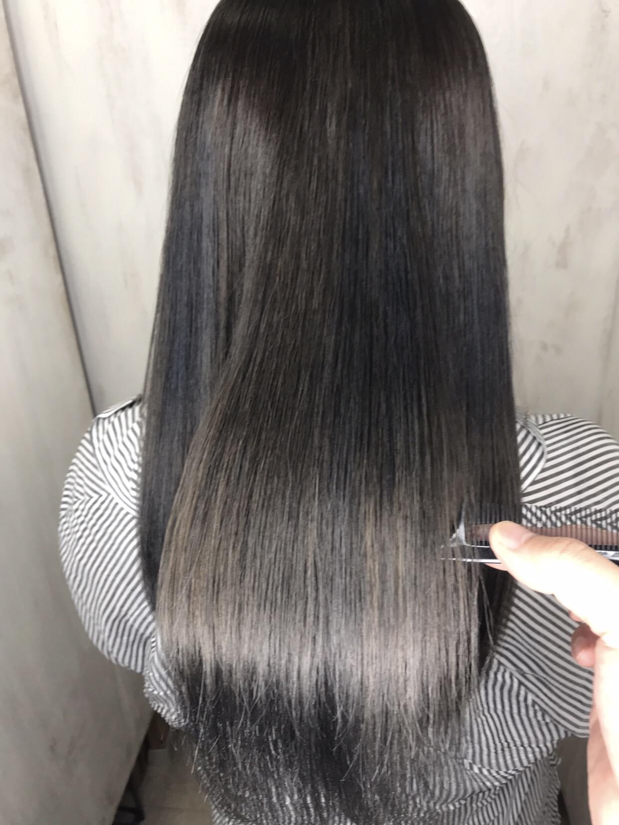 ビビリ矯正と暗髪カラーでまとまる艶髪。原宿・表参道『1000人をツヤ髪にヘアケア美容師の挑戦』