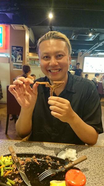吉田の夏休み2日目。原宿・表参道『1000人をツヤ髪にヘアケア美容師の挑戦』