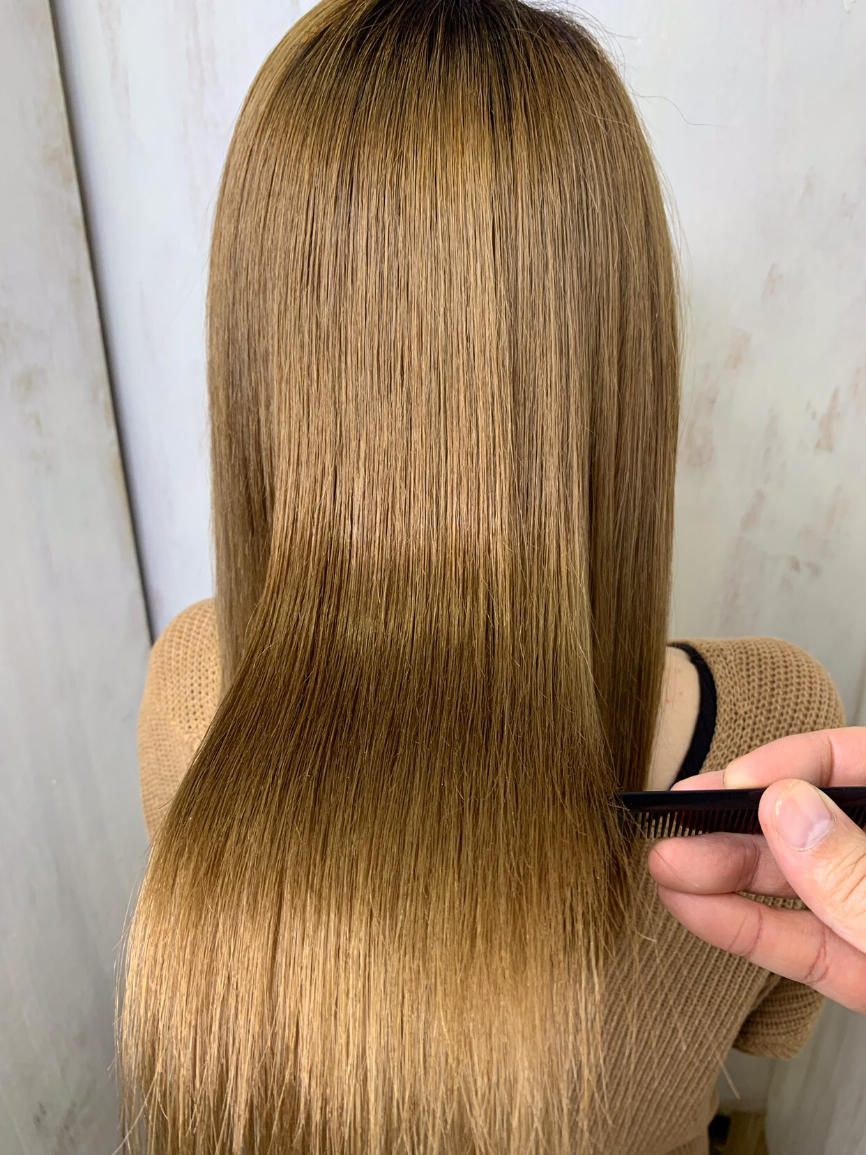 髪質改善でつやっつやの艶髪。原宿・表参道『1000人をツヤ髪にヘアケア美容師の挑戦』