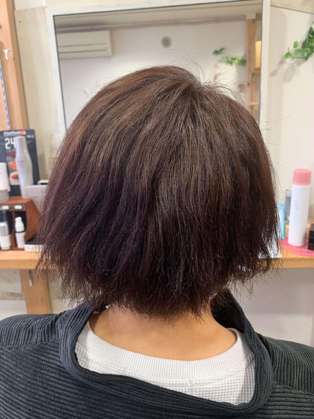パーマの失敗でチリチリになった髪を【ビビリ矯正】で艶髪。原宿・表参道『1000人をツヤ髪にヘアケア美容師の挑戦』