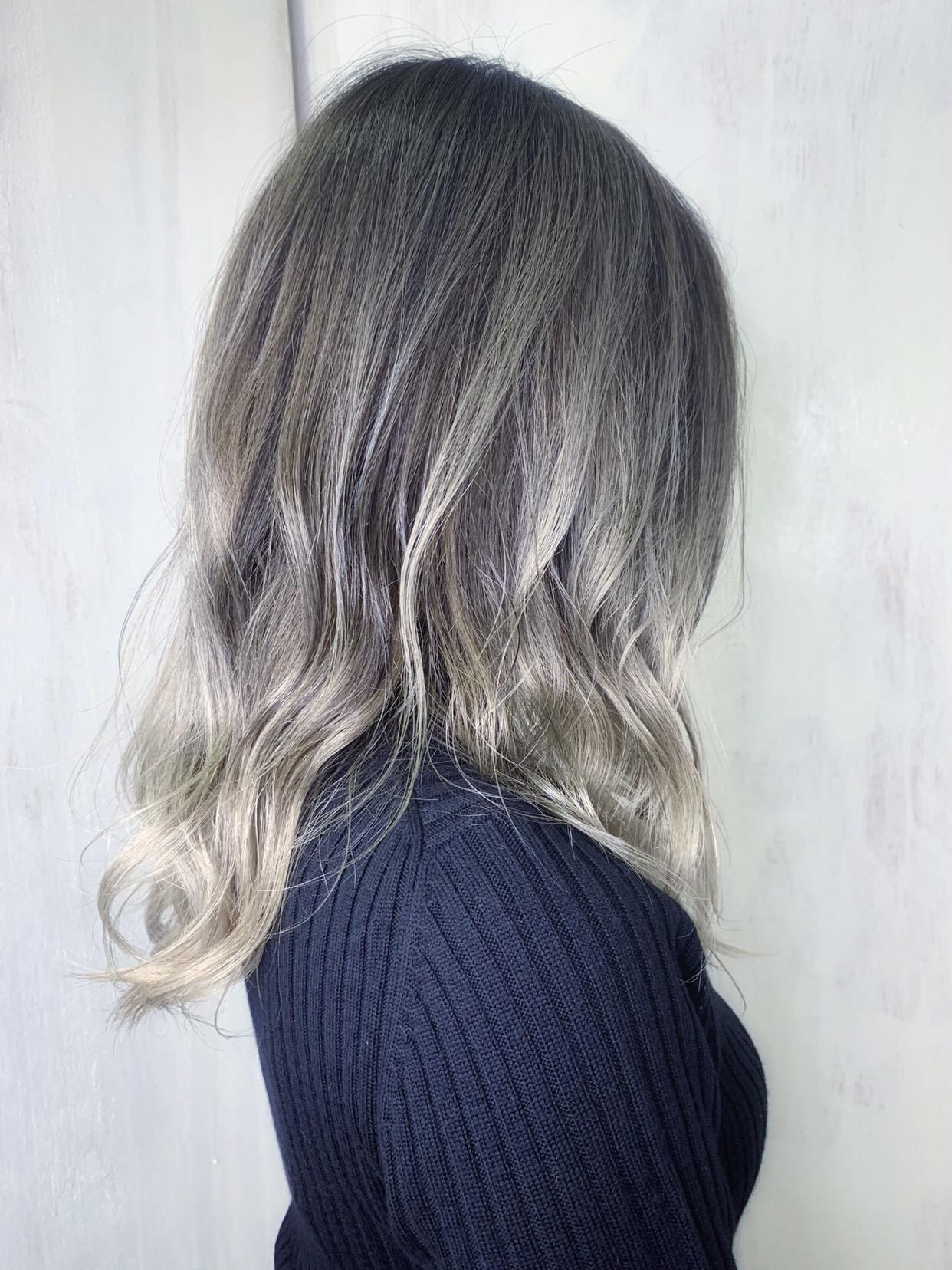 オレオルカラーを使ったグラデーションカラー。原宿・表参道『1000人をツヤ髪にヘアケア美容師の挑戦』