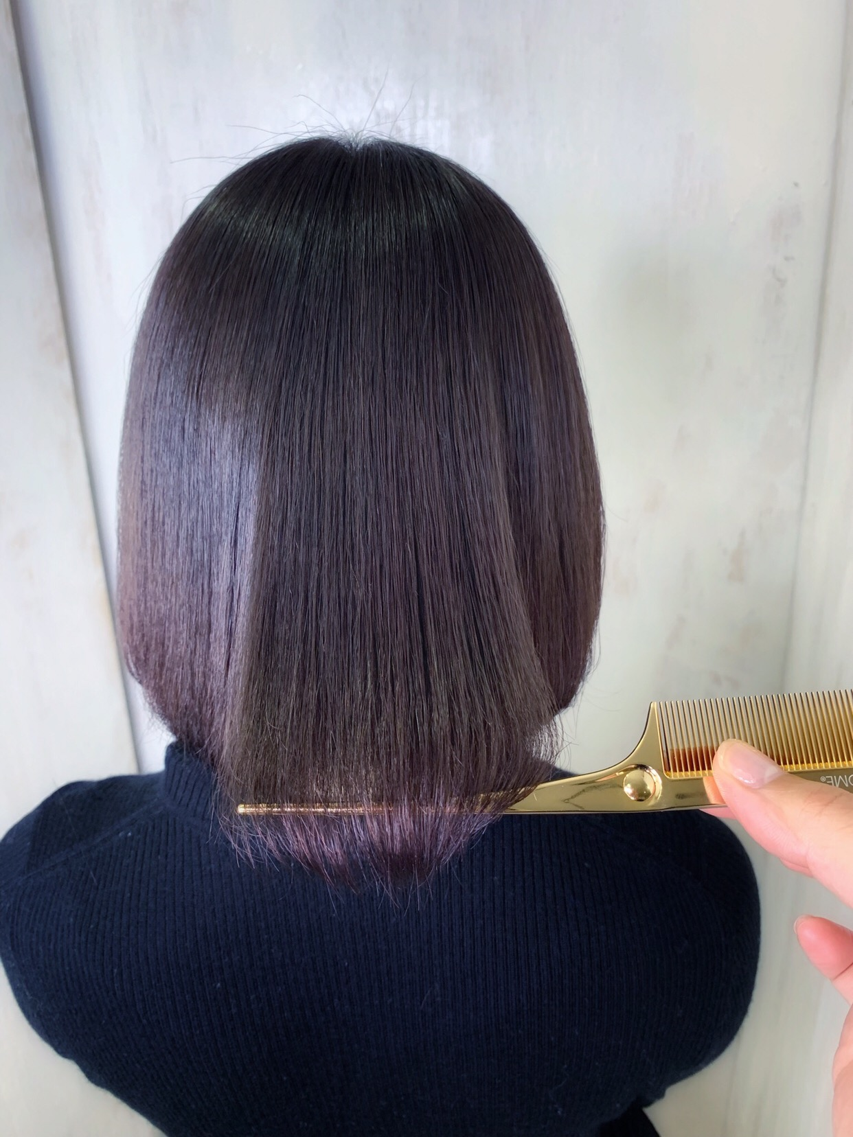 髪のダメージとパサつきを抑える【ジュエリーシステム×LULUトリートメント×縮毛矯正】原宿・表参道『1000人をツヤ髪にヘアケア美容師の挑戦』