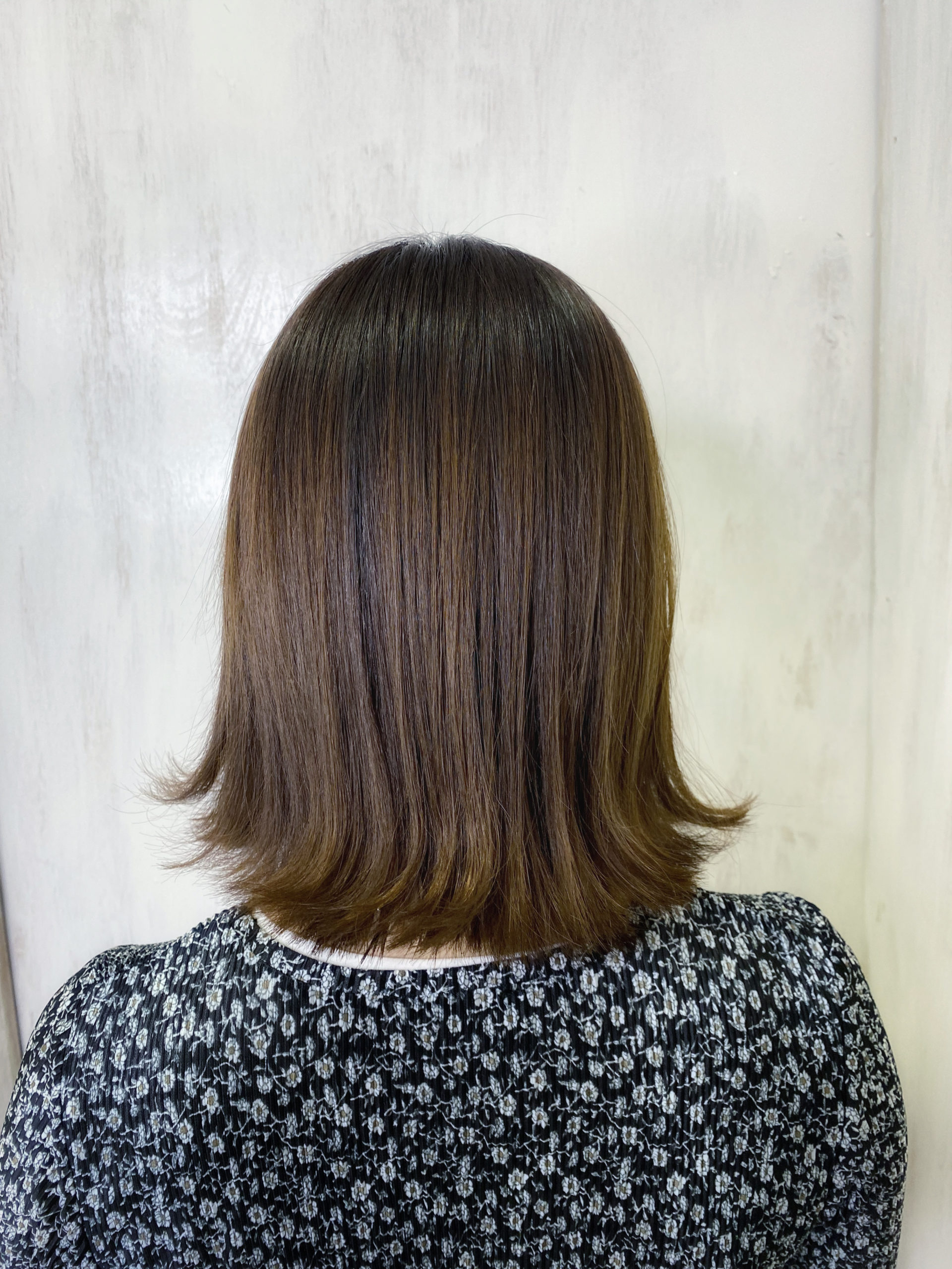 ブリーチ毛の縮毛矯正でまとまる艶髪。原宿・表参道『髪のお悩みを解決するヘアケア美容師の挑戦』