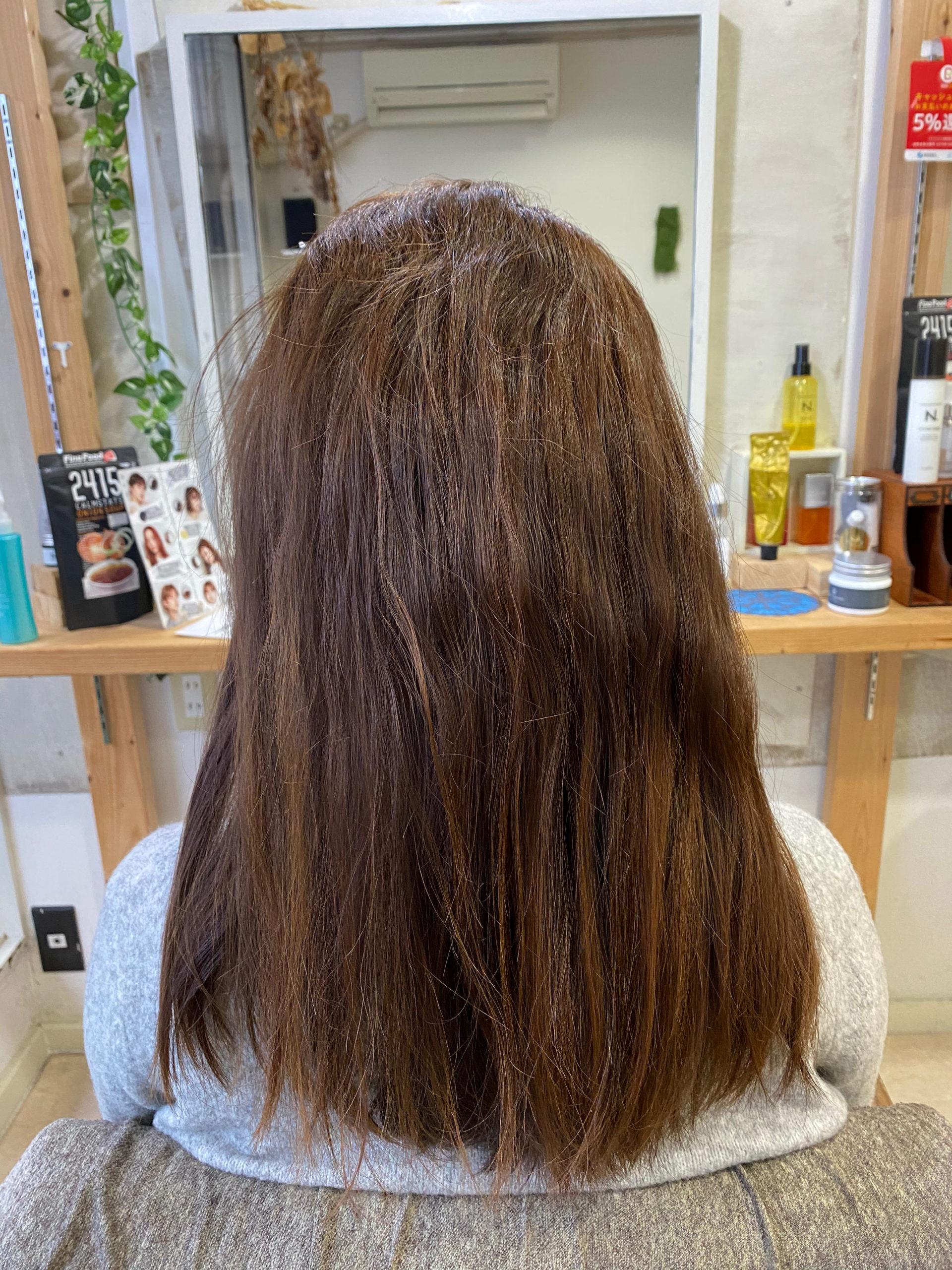 ブリーチ毛の髪に縮毛矯正でつやっつやの艶髪。原宿・表参道『髪のお悩みを解決するヘアケア美容師の挑戦』