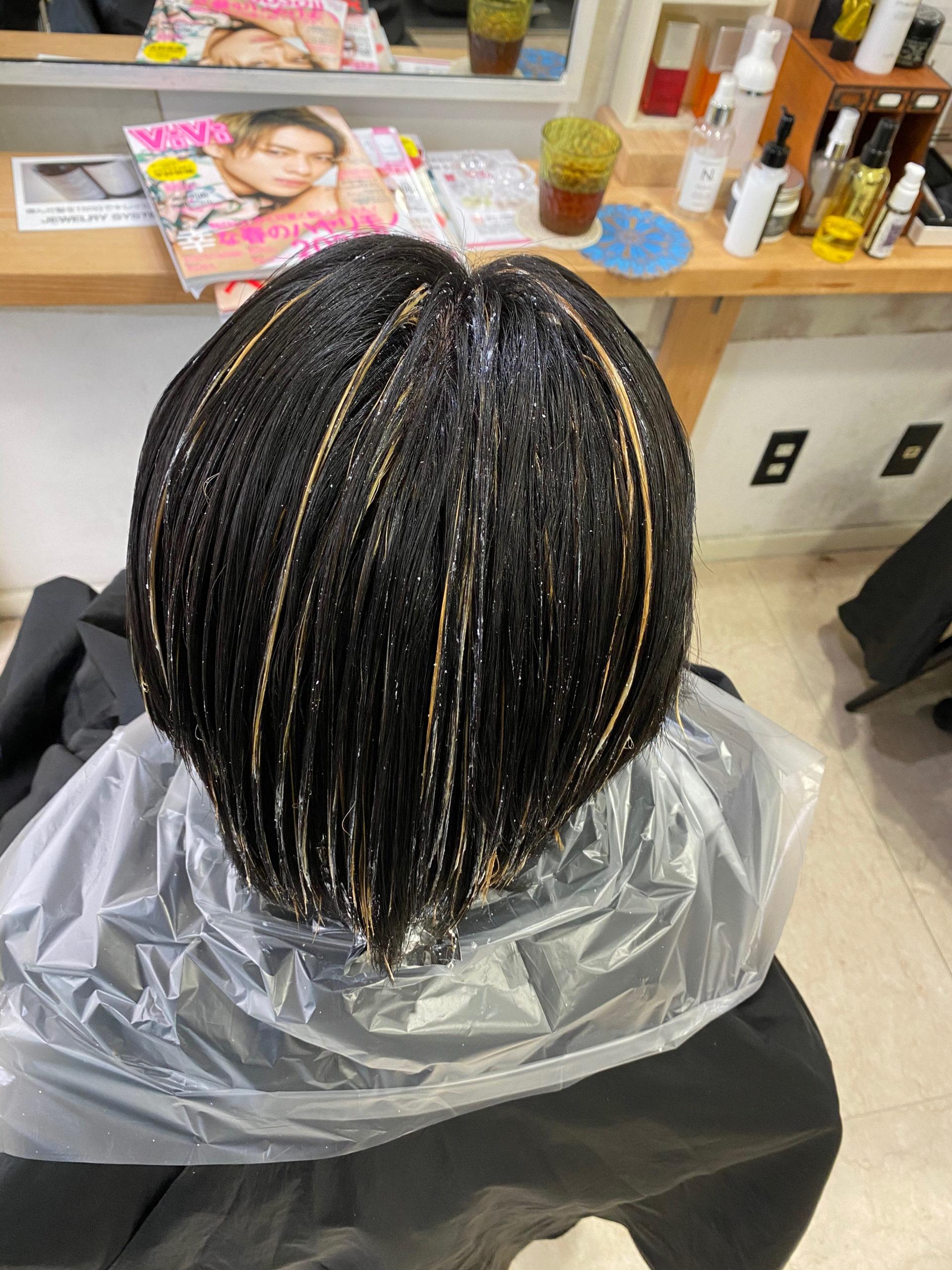 【黒髪卒業式】でハイライトカラーとオレオルカラーで艶髪ショートヘア。原宿・表参道『髪のお悩みを解決するヘアケア美容師の挑戦』