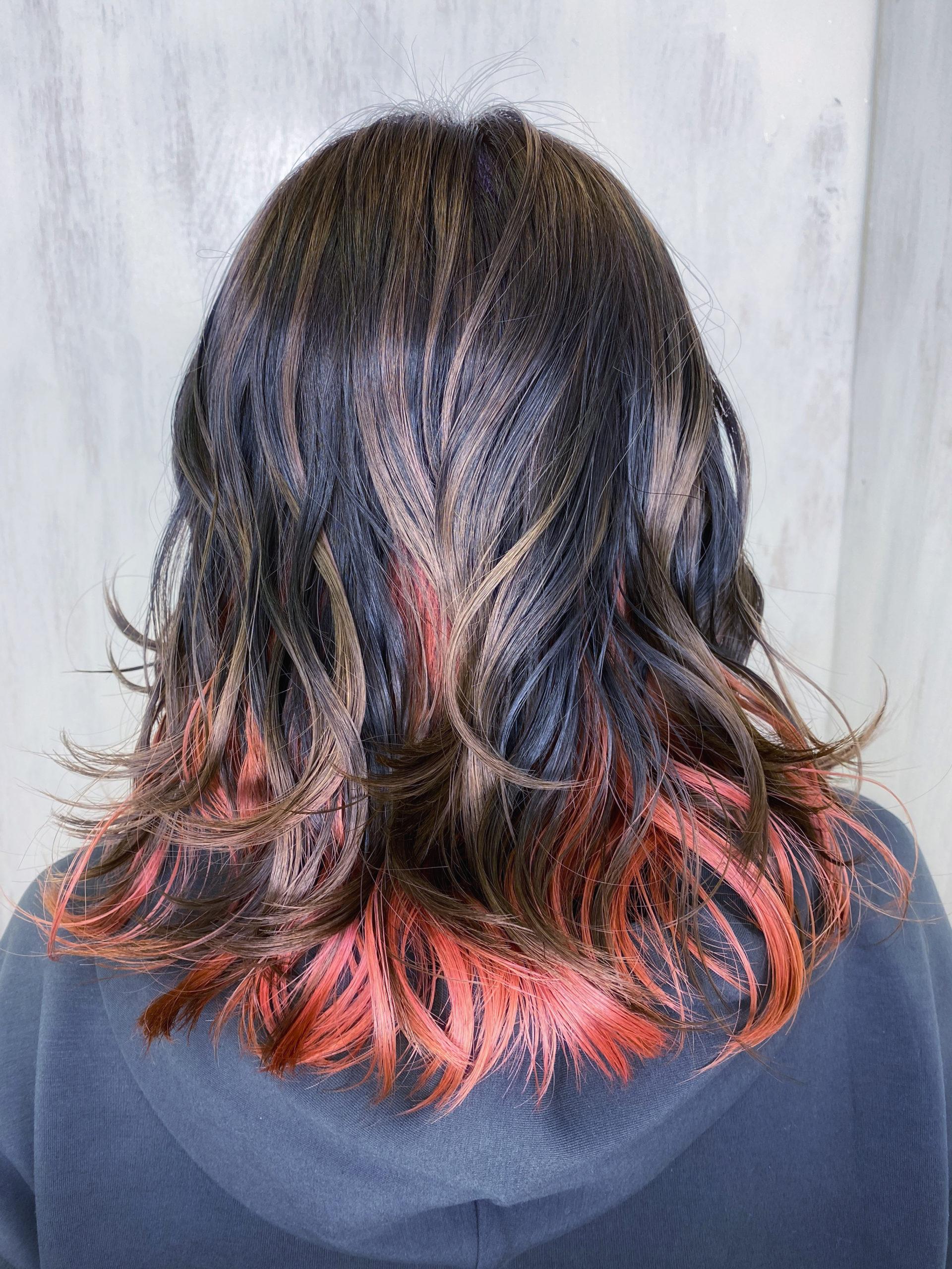 ケアブリーチ+ジュエリーシステム×オレオルカラーで艶髪インナーカラー。原宿・表参道『髪のお悩みを解決するヘアケア美容師の挑戦』