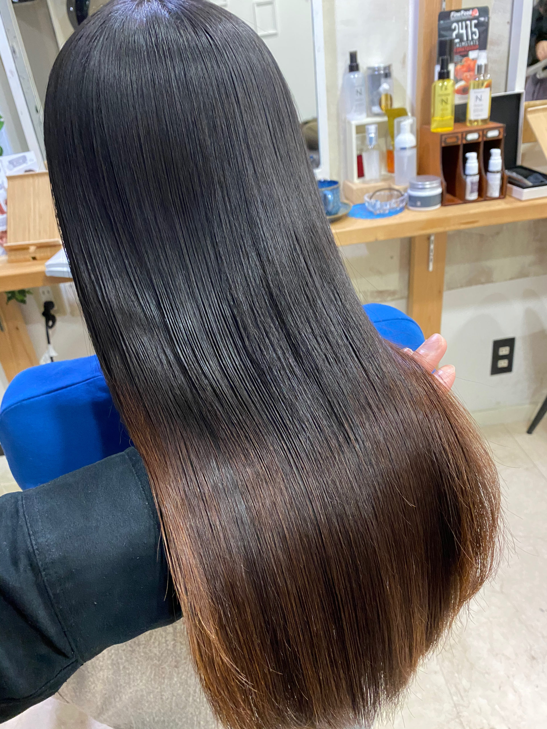 ジュエリーシステムシリーズ×縮毛矯正でつやっつやの艶髪。原宿・表参道『髪のお悩みを解決するヘアケア美容師の挑戦』