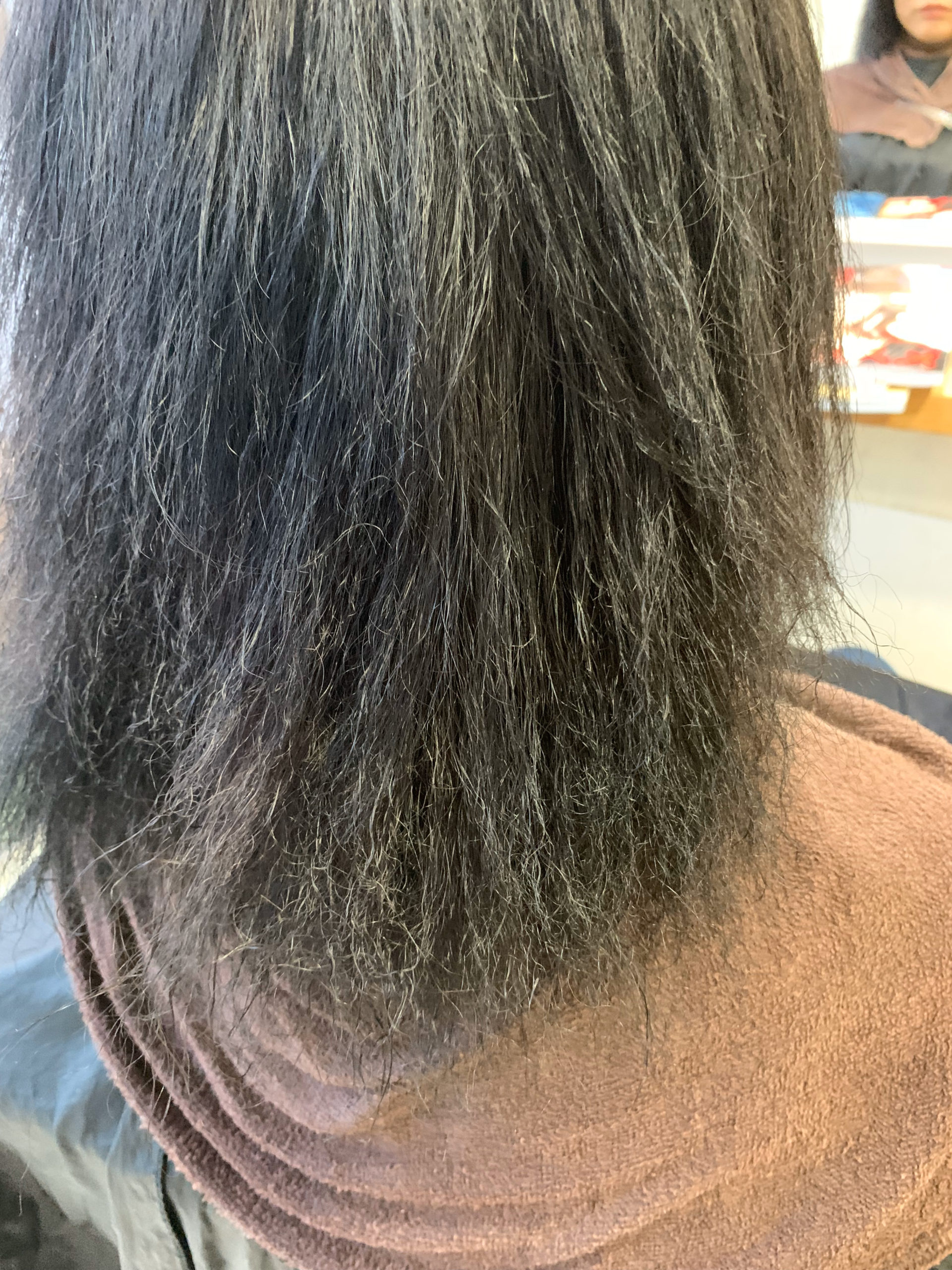 縮毛矯正の失敗で髪がチリチリに。。【ビビリ矯正】で直します。原宿・表参道『髪のお悩みを解決するヘアケア美容師の挑戦』