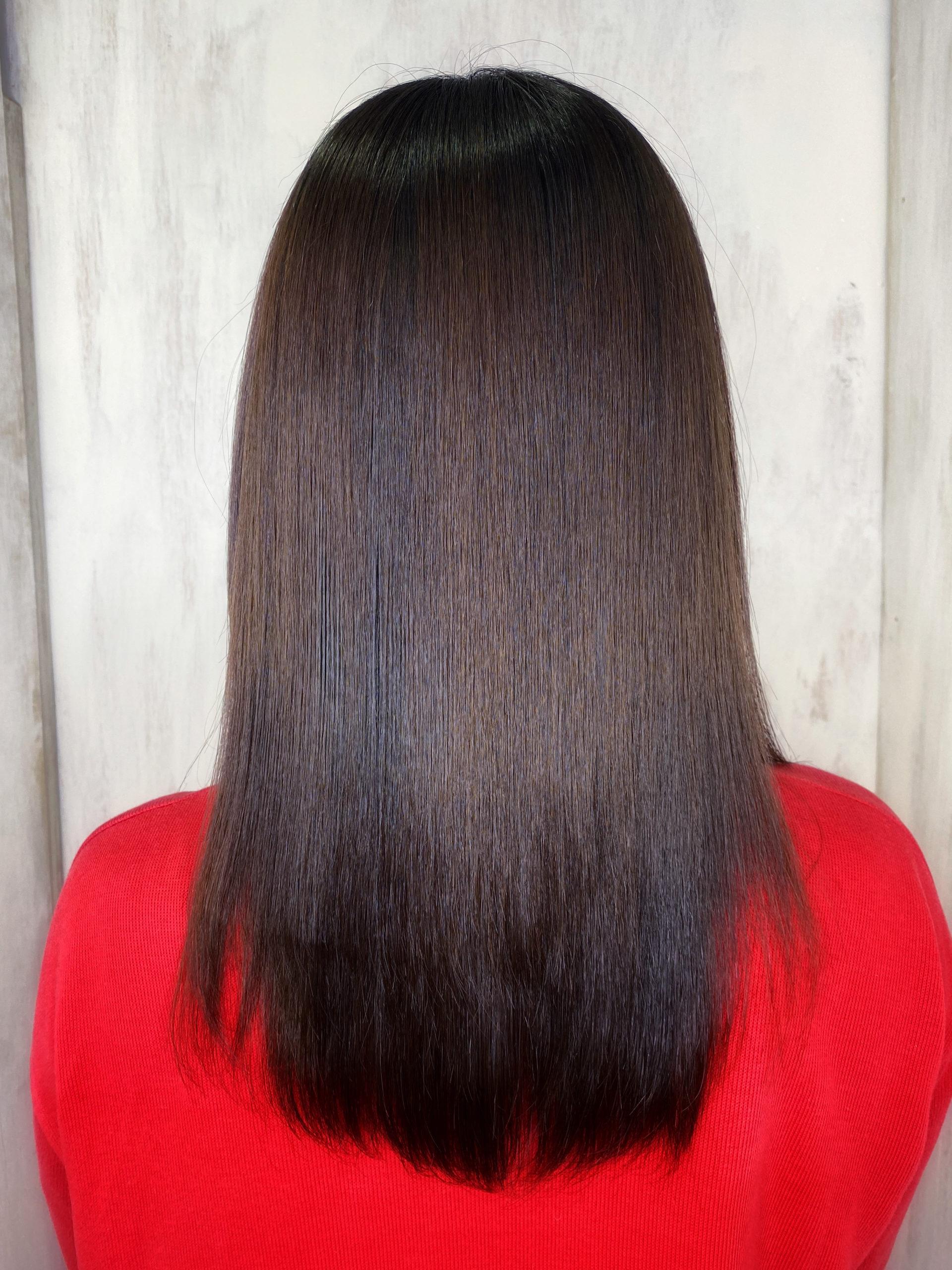 髪のチリチリを【ビビリ矯正】でつやっつやの艶髪に変身。原宿・表参道『髪のお悩みを解決するヘアケア美容師の挑戦』