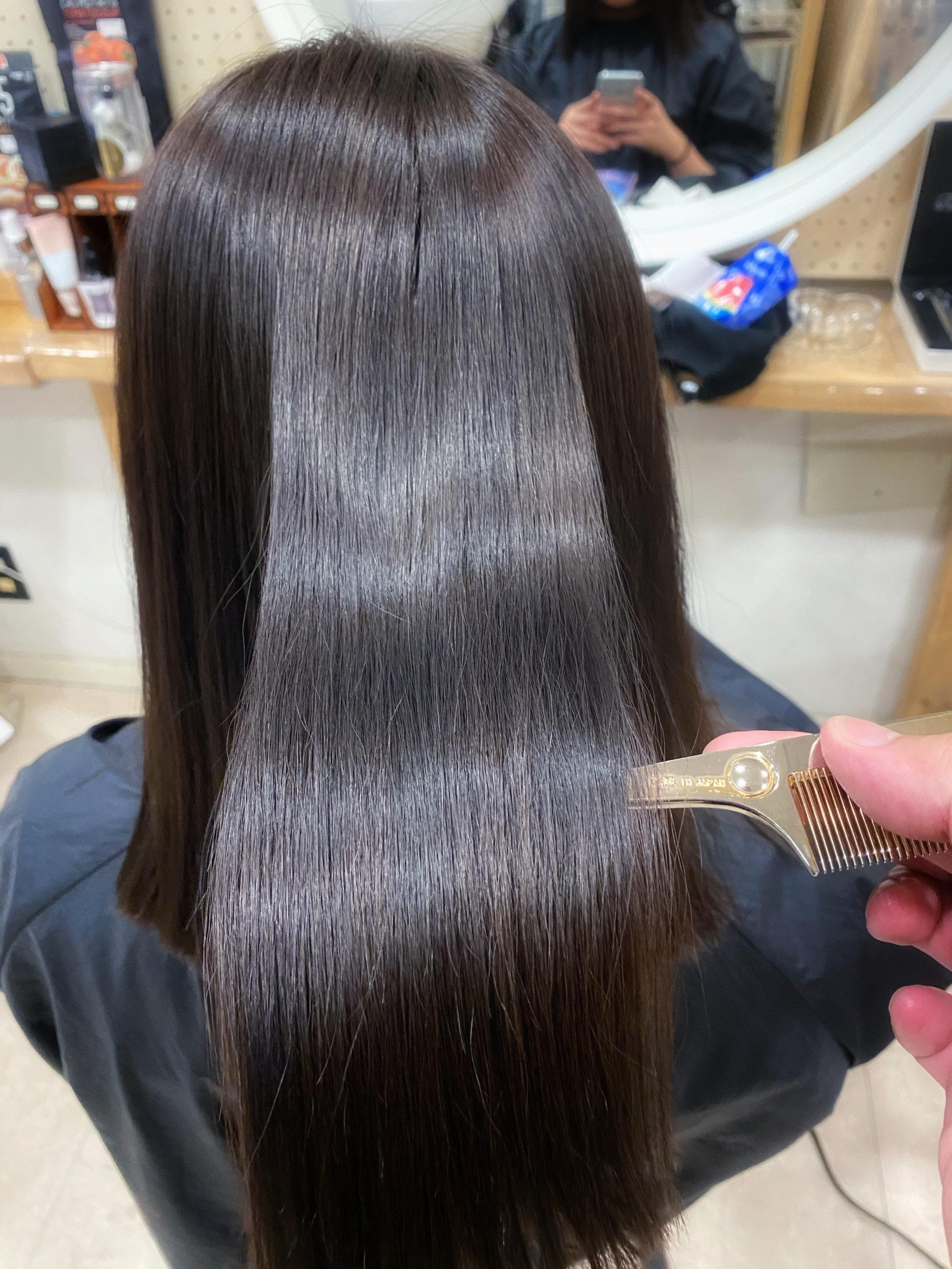 ブリーチとスパイラルパーマをしている髪に【ビビリ矯正】で艶髪ストレートヘアに変身。原宿・表参道『髪のお悩みを解決するヘアケア美容師の挑戦』