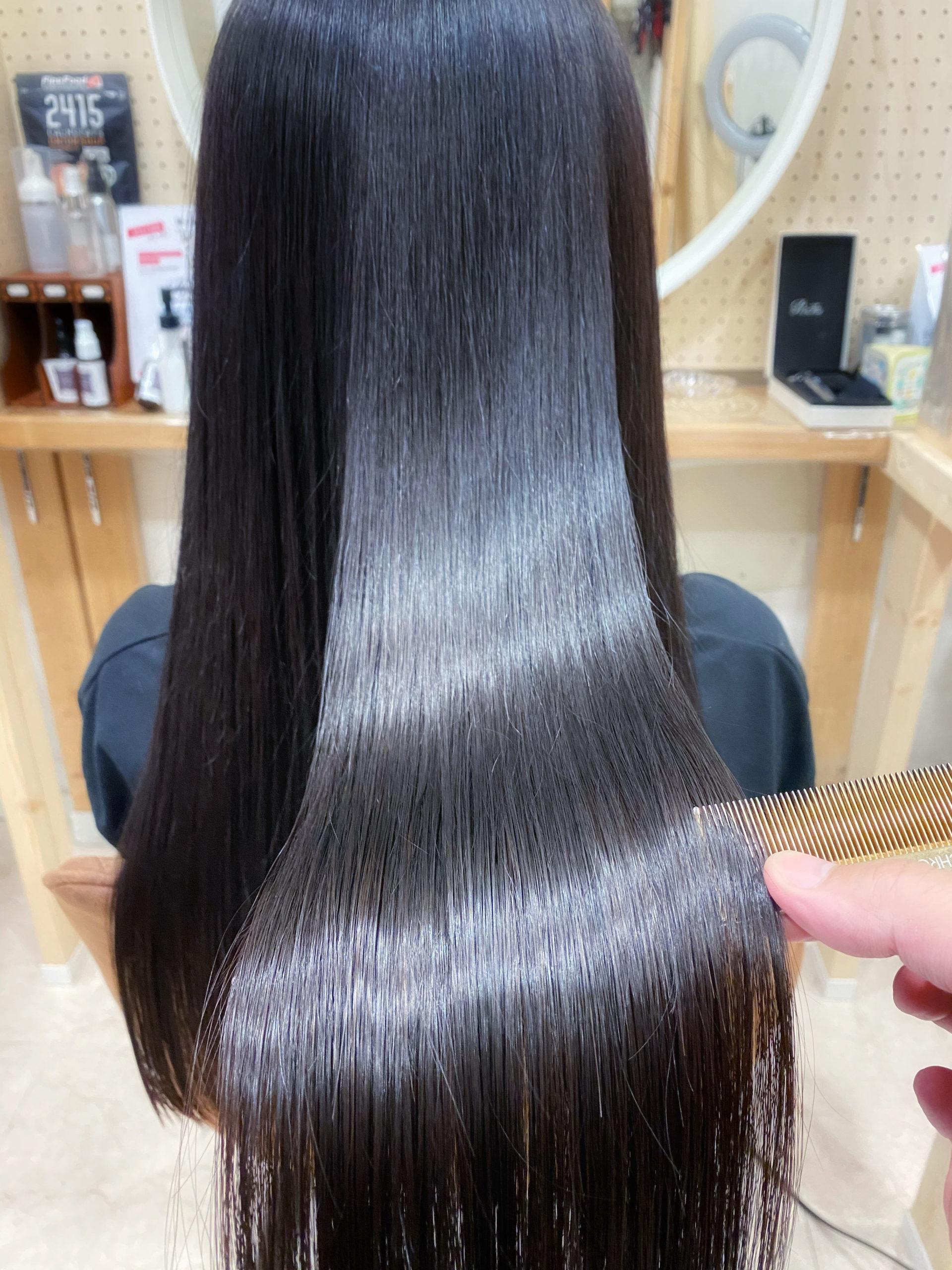 LULUトリートメント×縮毛矯正で毛先まで艶髪ストレートヘア。原宿・表参道『髪のお悩みを解決するヘアケア美容師の挑戦』