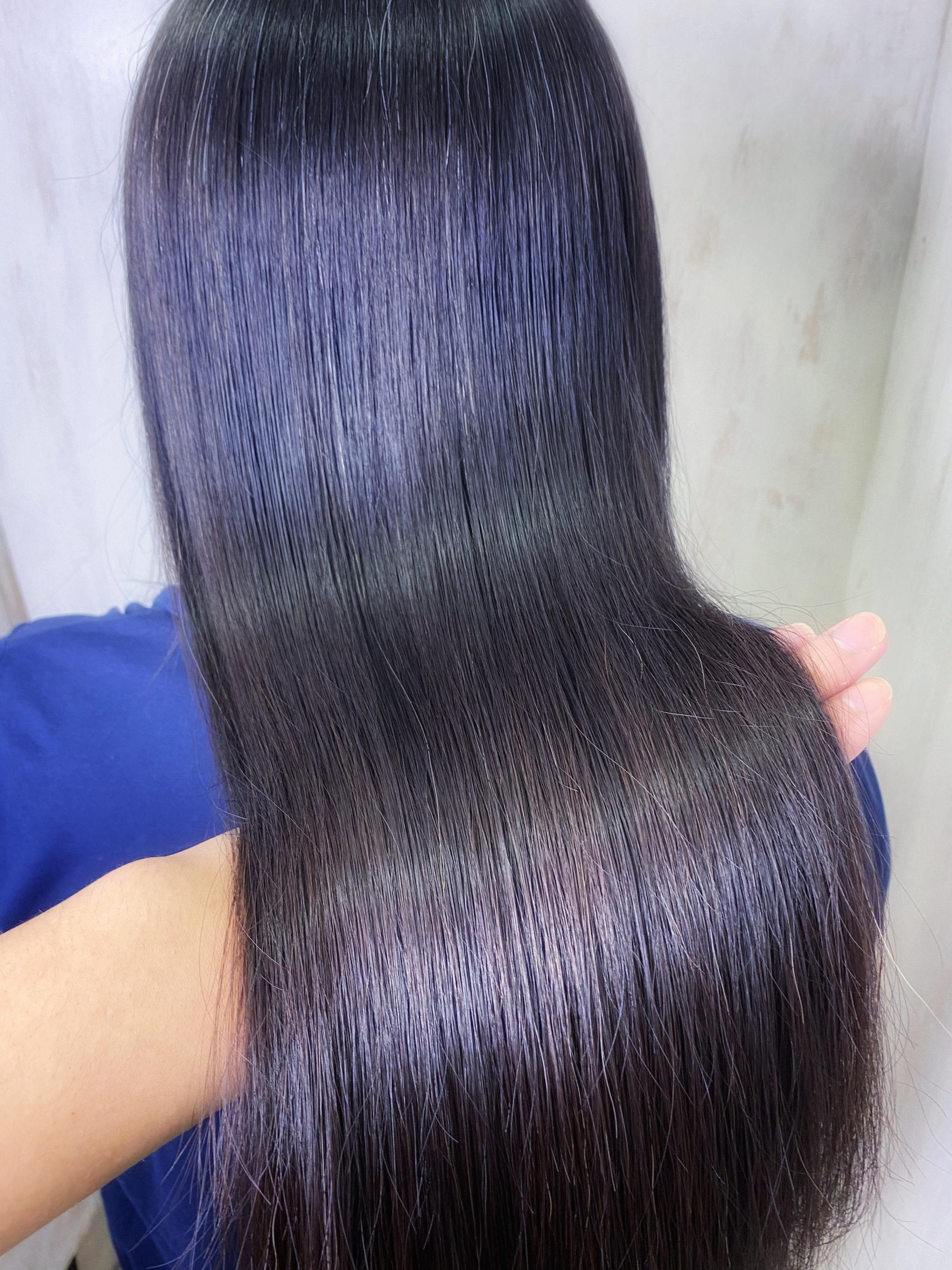 くせ毛でボリュームが気になるロングヘアの方を縮毛矯正で艶髪ストレートヘア。原宿・表参道『髪のお悩みを解決するヘアケア美容師の挑戦』