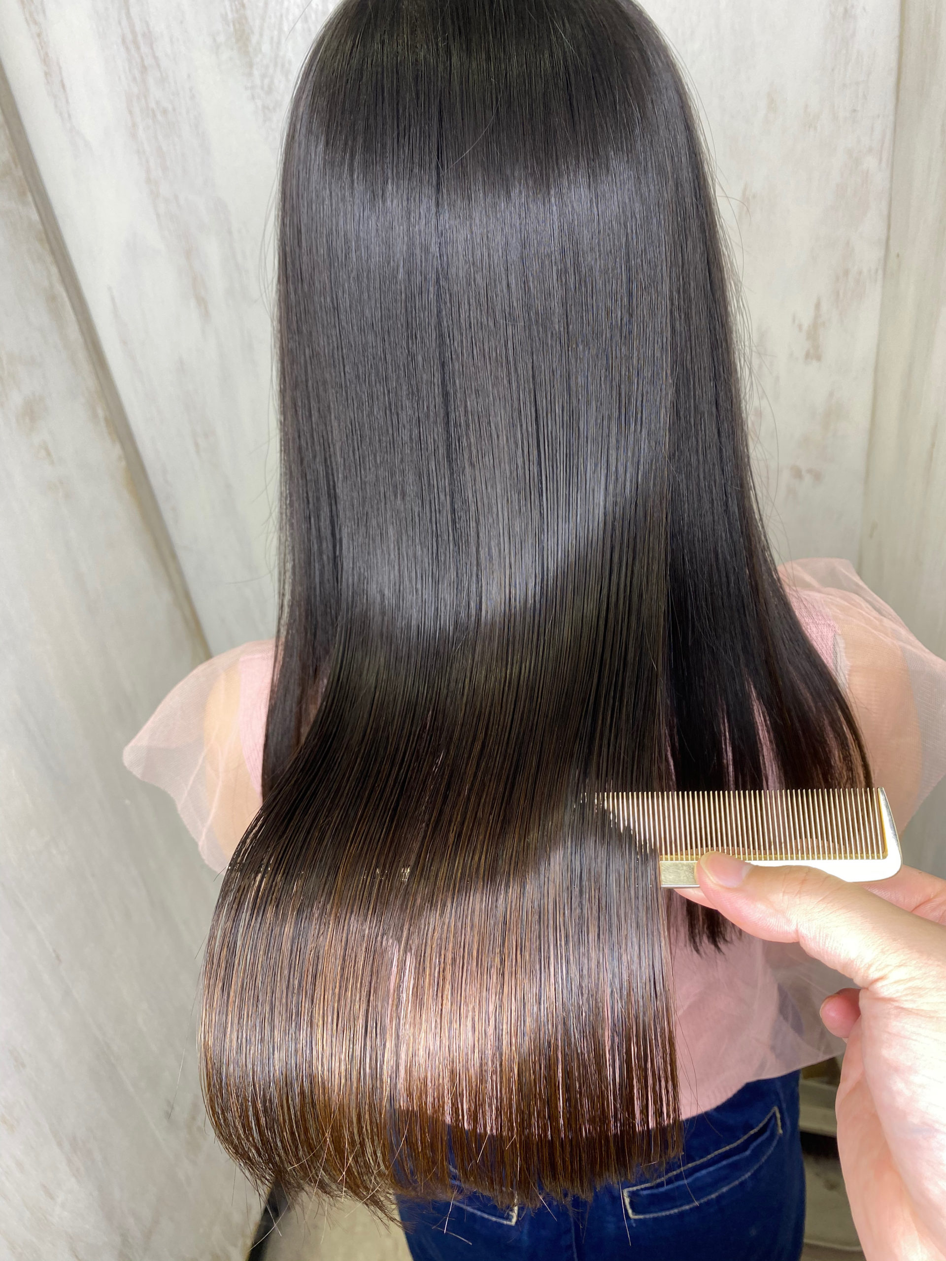 ブリーチ毛の方をジュエリーシステム×LULUトリートメント×縮毛矯正で艶髪ストレートヘアに変身。原宿・表参道『髪のお悩みを解決するヘアケア美容師の挑戦』
