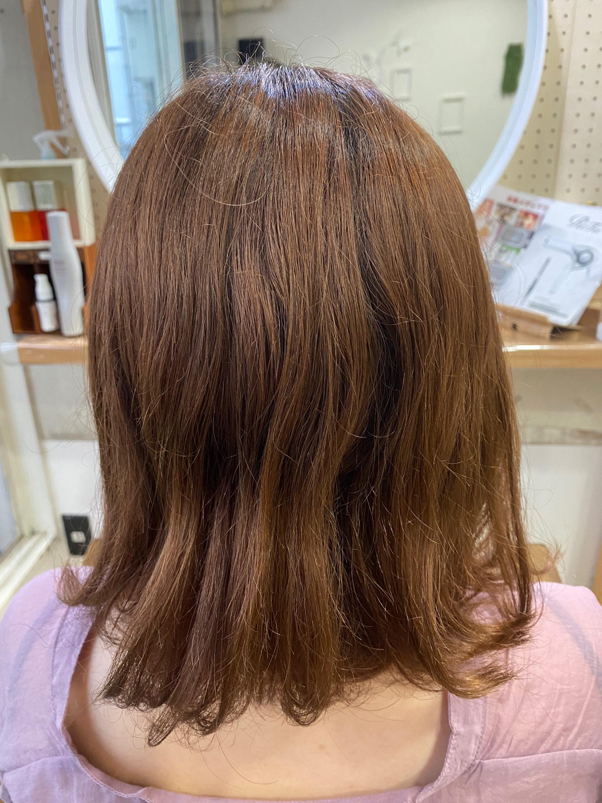 ブリーチ毛とくせ毛でお悩みの方を縮毛矯正で艶髪ストレートヘアに変身。原宿・表参道『髪のお悩みを解決するヘアケア美容師の挑戦』