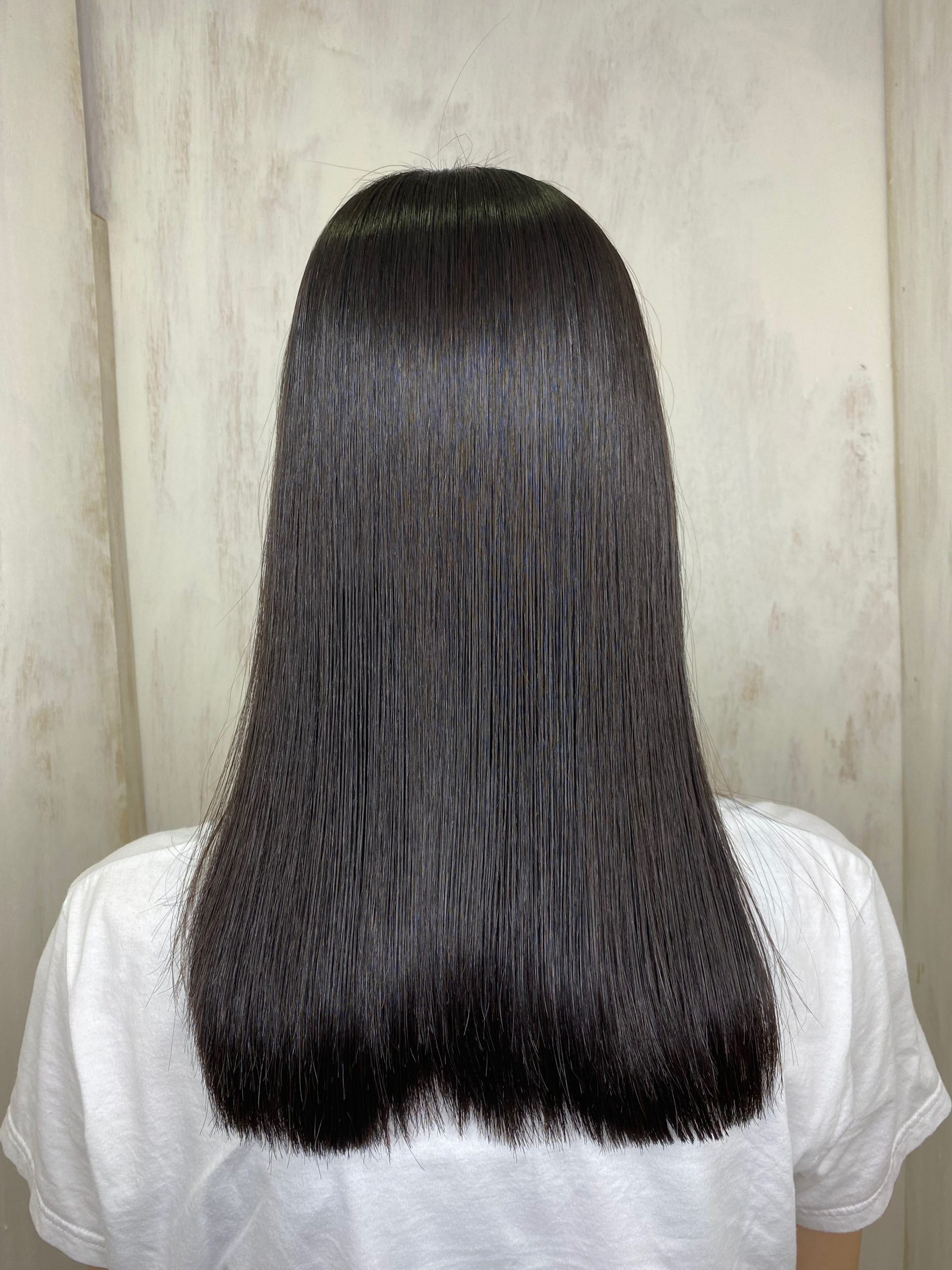 パサつきの気になる髪をジュエリーシステムシリーズ×縮毛矯正で艶髪。原宿・表参道『髪のお悩みを解決するヘアケア美容師の挑戦』