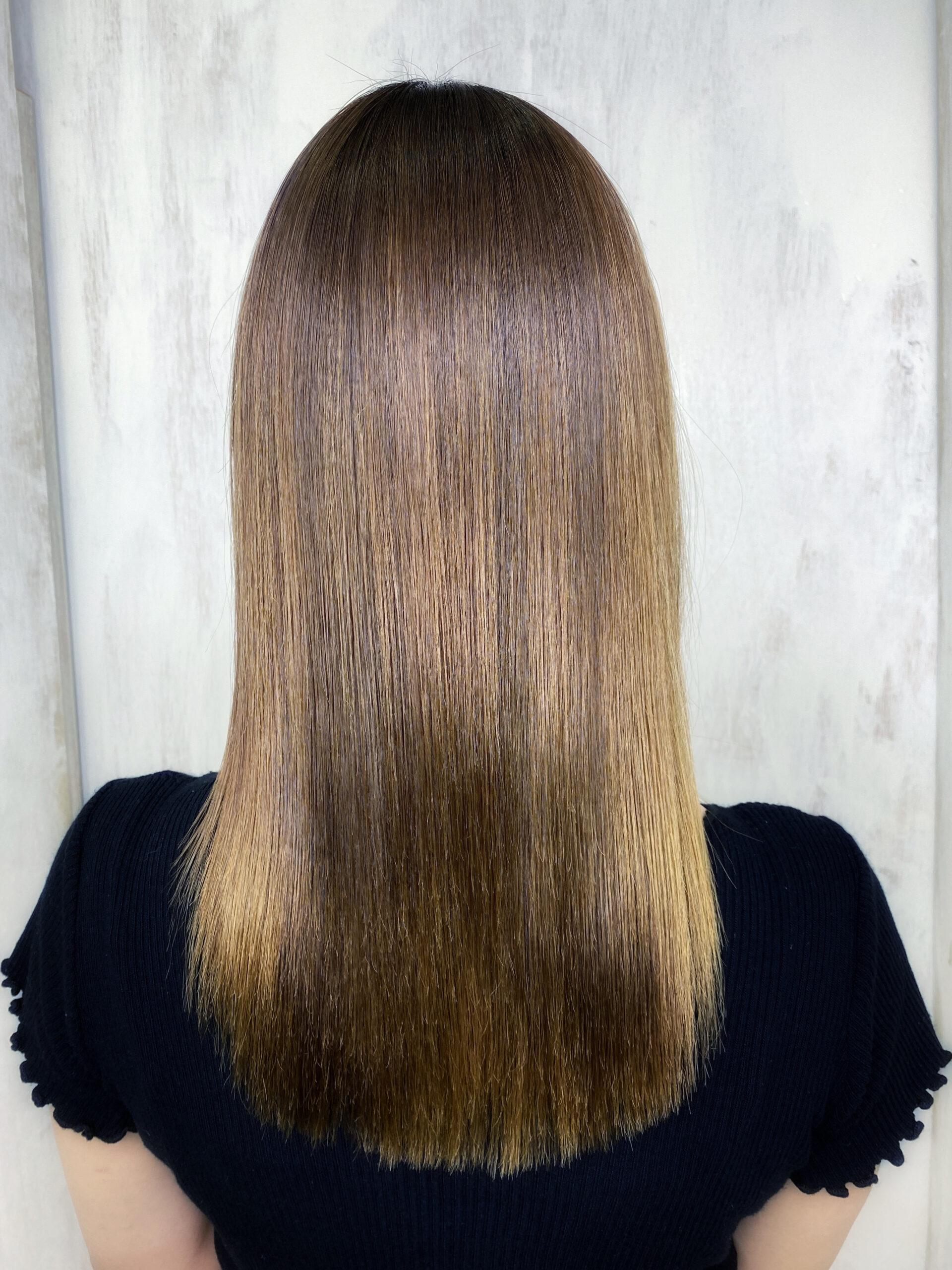 ブリーチと縮毛矯正をしたら髪がチリチリに。。ビビリ矯正で艶髪。