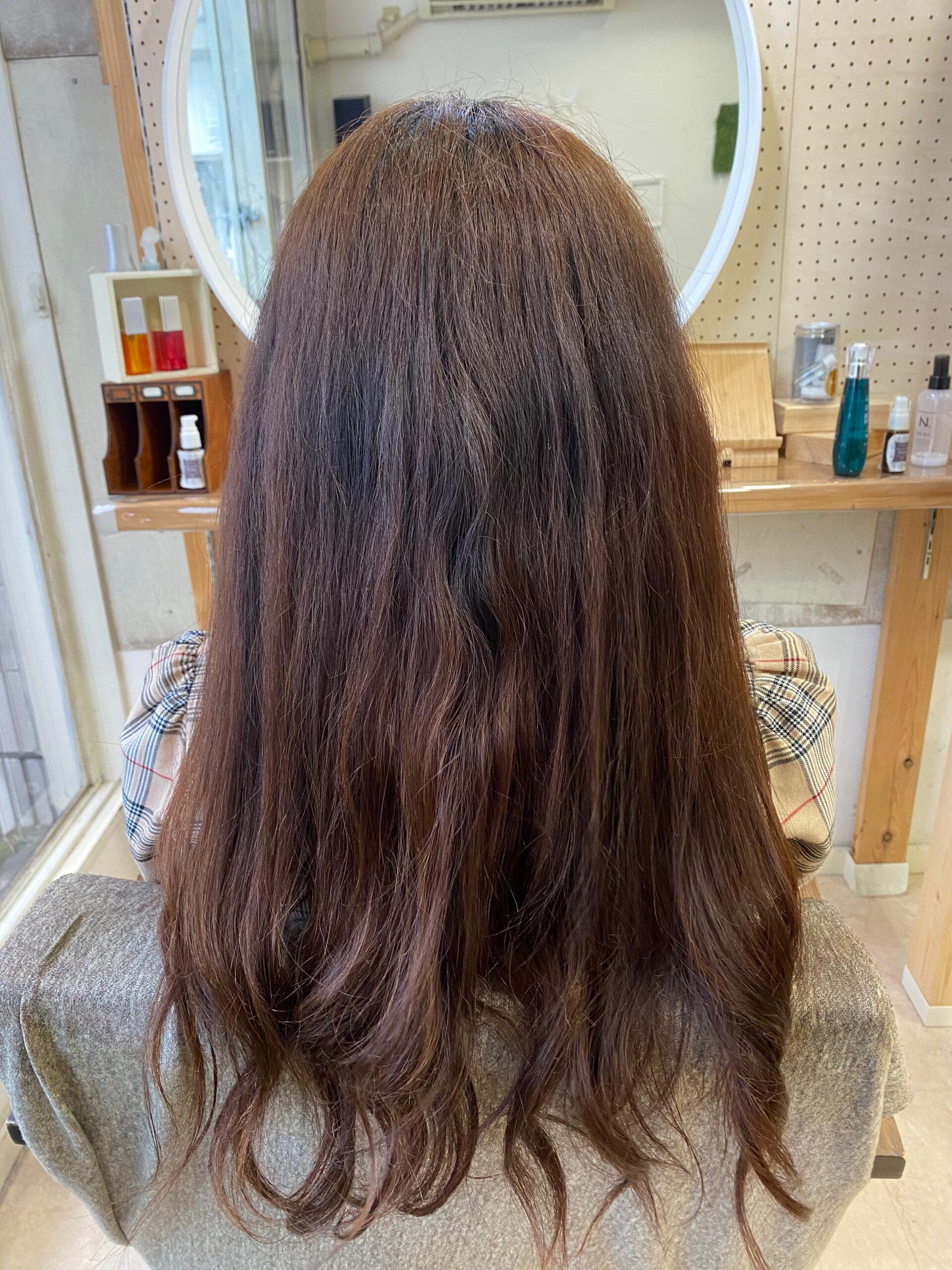 ブリーチとパーマをしている方を【艶髪ストレートヘア】原宿・表参道『髪のお悩みを解決するヘアケア美容師の挑戦』