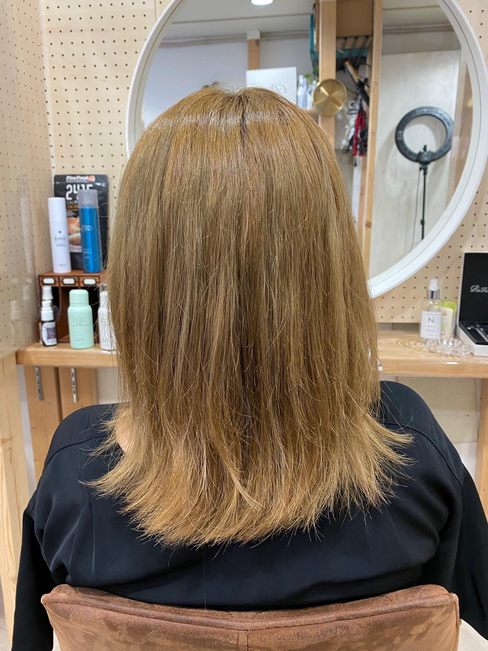 ブリーチ毛の方縮毛矯正で艶髪ストレートヘア。原宿・表参道『髪のお悩みを解決するヘアケア美容師の挑戦』
