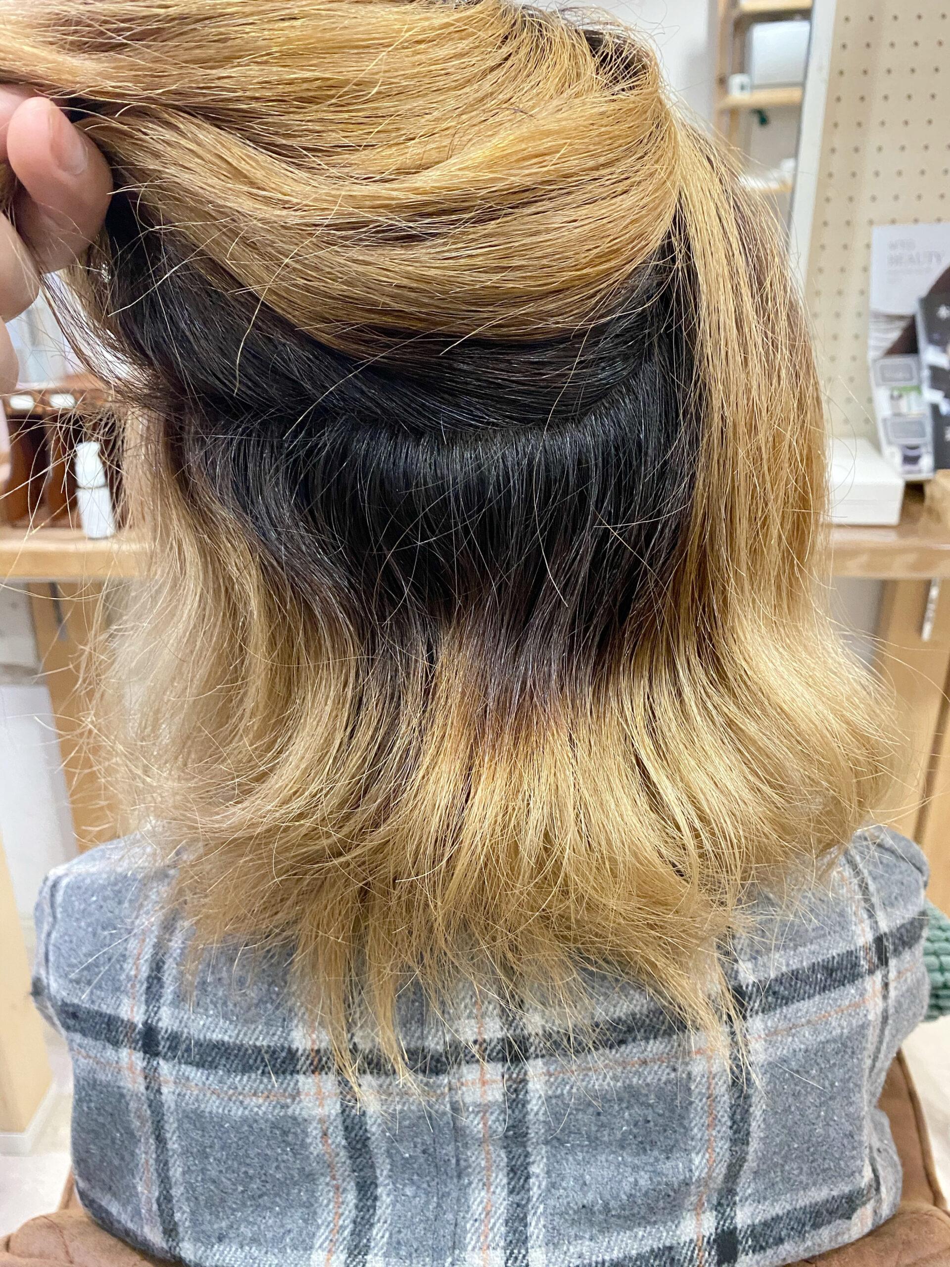 ブリーチを数回している方をジュエリーシステム×LULUトリートメント×縮毛矯正で艶髪ストレートヘア。