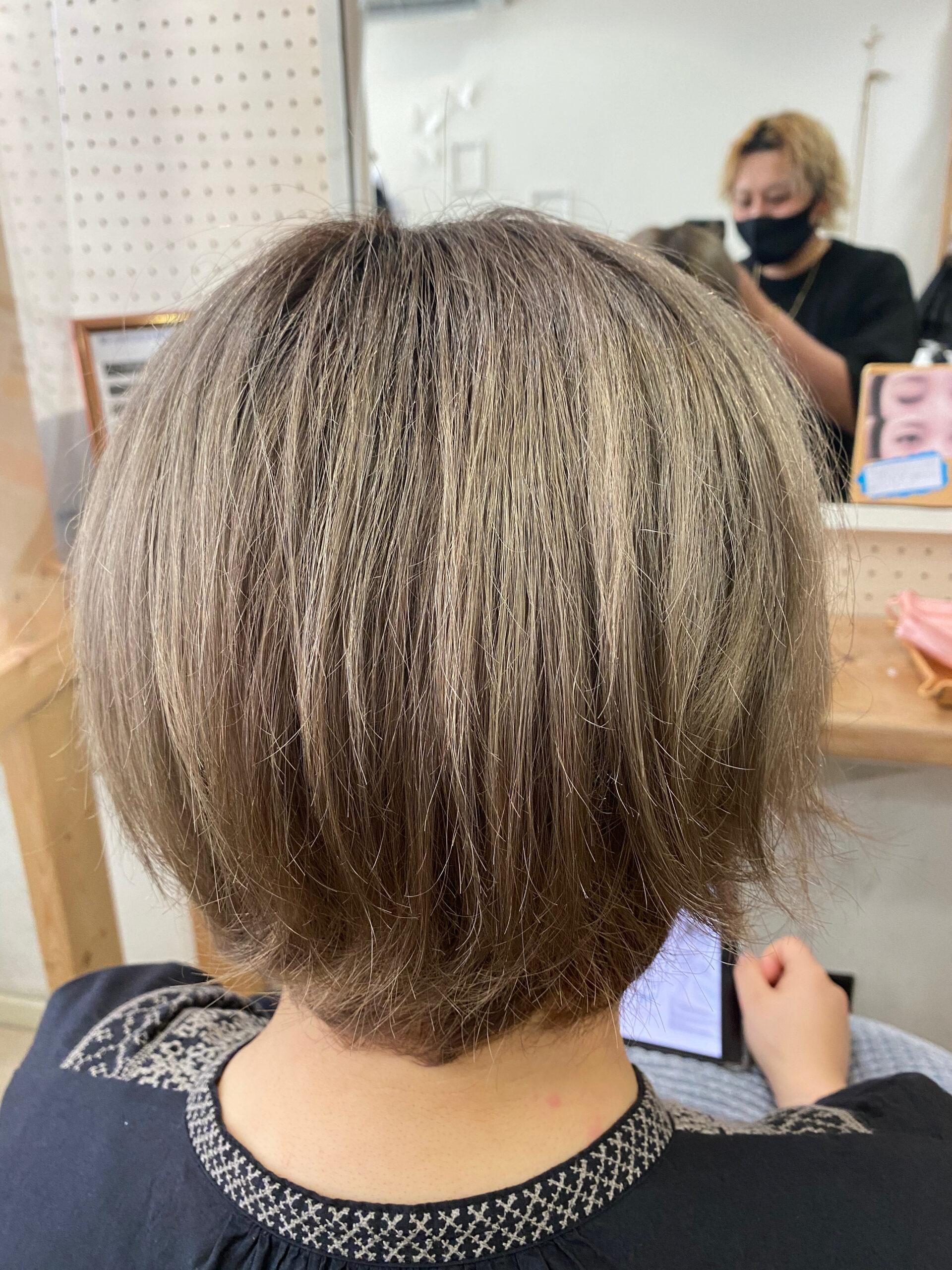 ジュエリーシステム×LULUトリートメント×縮毛矯正でパサつきが気になる方を艶髪ショートボブ