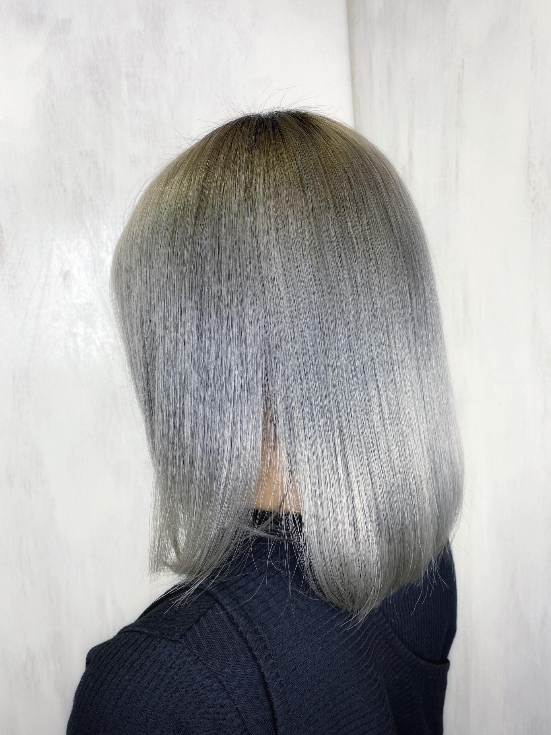 ジュエリーシステム×LULUトリートメント×縮毛矯正で髪のうねり、ボリュームが気になる方を艶髪ストレートヘア。